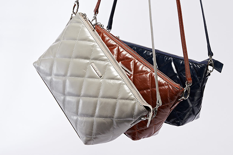 Vintage oily leather bag collections
